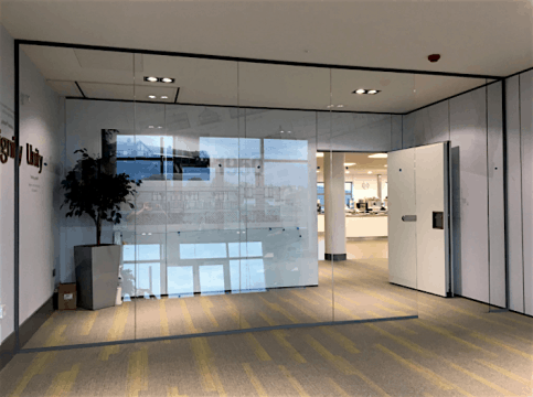 Tenon Vitrage frameless glass partition wall, supplied and install in Liverpool